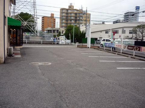 シャンテーコジマの駐車場