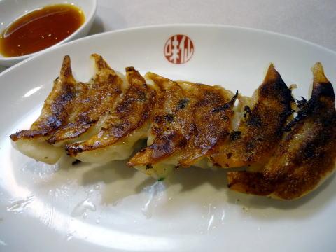 味仙の餃子