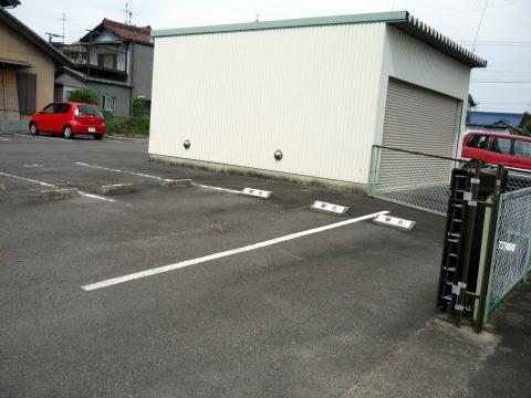 華丸の駐車場
