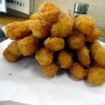 何本食べれる?刈谷市のキッチンよろずやエビフライ食べ放題定食